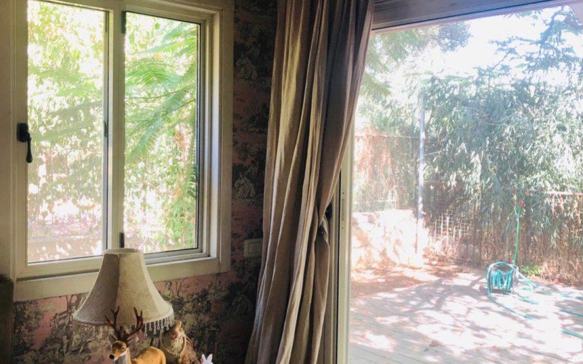 בית למכירה במתן – 5 חד' + 1
